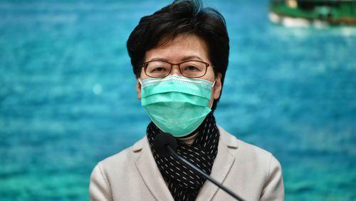 Coronavirus : la contagion s'accélère