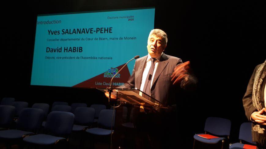 Le député David Habib a présenté sa liste pour les élections municipales de Mourenx, ce jeudi soir.