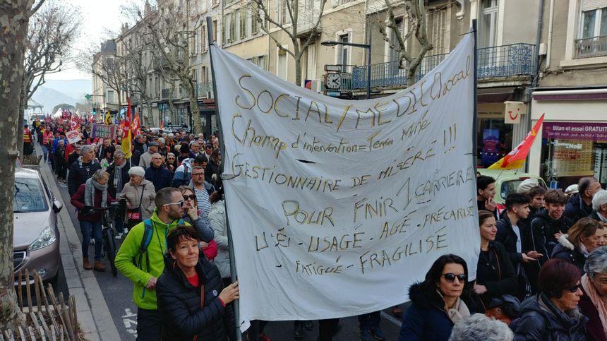 La manifestation du vendredi 24 janvier dans les rues de Valence.