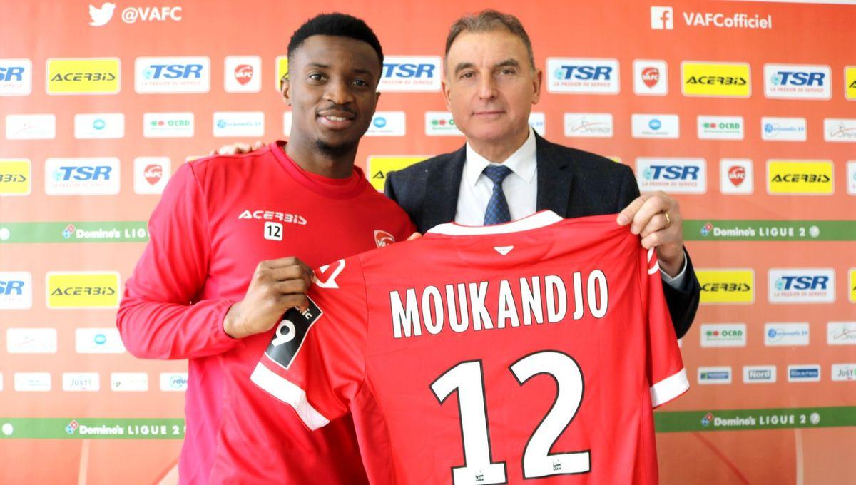 Benjamin Moukandjo quitte le RC Lens pour Valenciennes