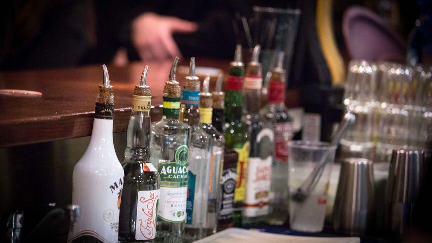 En Bretagne, en revanche, la consommation quotidienne d'alcool est légèrement supérieure à la moyenne nationale