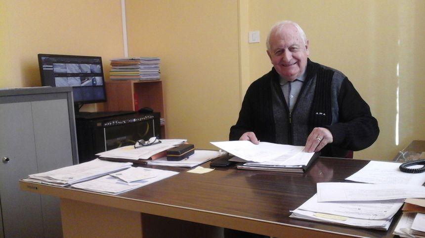 Henri Saintigny, maire de Servance, revenu après 24 ans de vie en région parisienne... avec un du bonheur plein les valises.