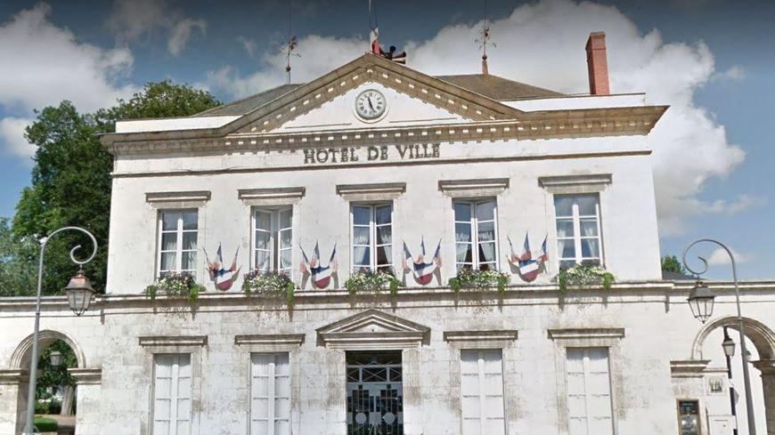 L'hôtel de Ville de La Châtre