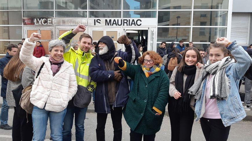 Mobilisation pour la 2ème journée des enseignants du lycée François Mauriac à Bordeaux