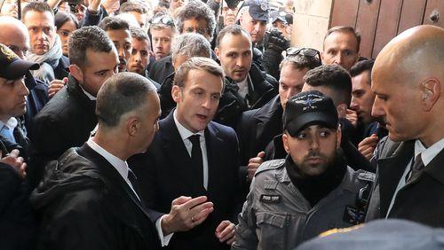 Quand Emmanuel Macron emboîte le pas de Jacques Chirac à Jérusalem