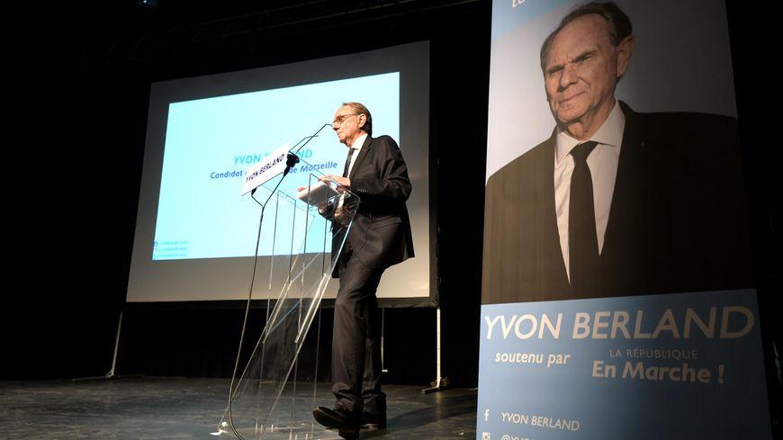 Yvon Berland lors d'un meeting à Marseille