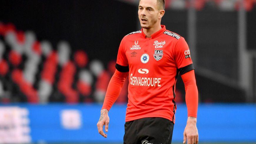 Nolan Roux, attaquant de Guingamp, parti pour rejoindre le Nîmes Olympique