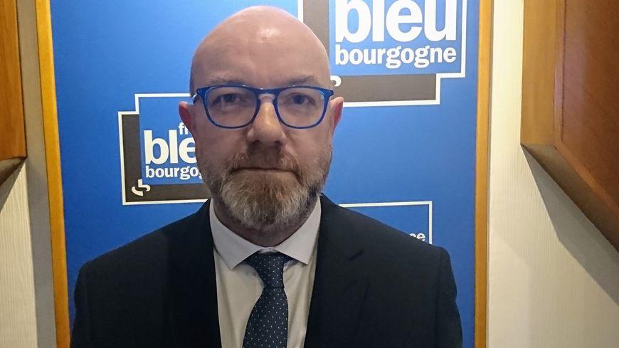 Stéphane Creusvaux, le bâtonnier du barreau de Dijon est l'invité de France Bleu