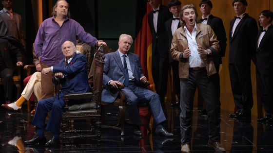 Franz Mazura aux côtés de Florian Vogt, Olaf Baer et Wolfgang Koch dans la production des Maîtres-chanteurs