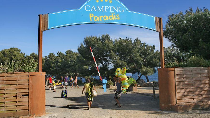 La Vendée aura bientôt deux Campings Paradis inspirés de la série de TF1