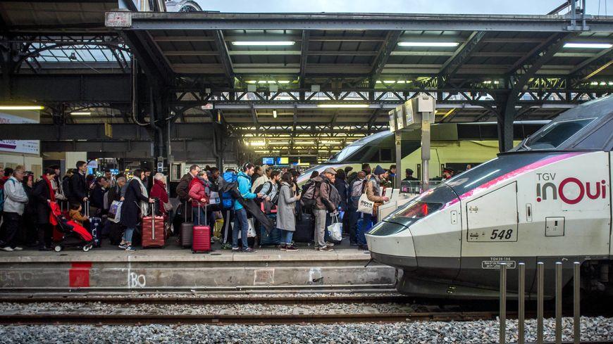 Grèves : la SNCF annonce des compensations pour les abonnés TGV et Intercités.
