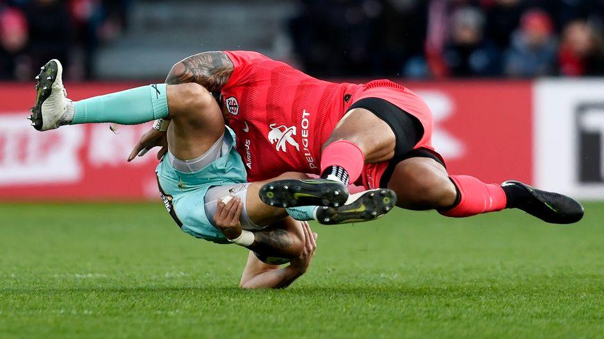 Le rugby, sport de contact.