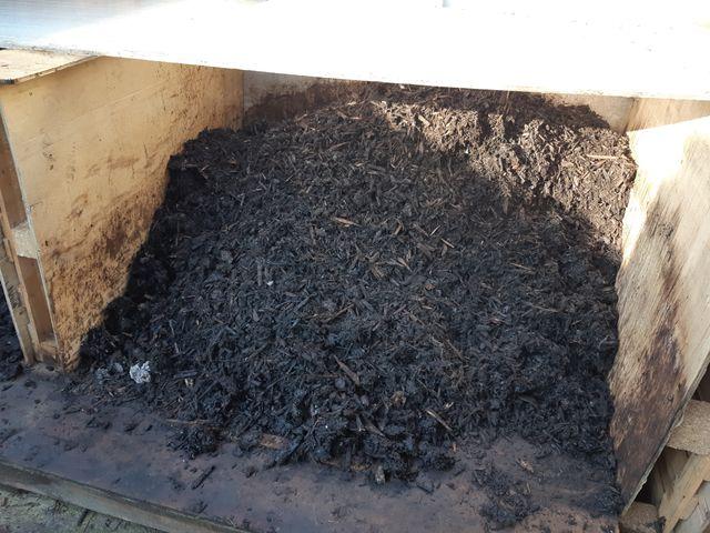 """Le compost final. Il va """"maturer"""" pendant 5 à 6 semaines"""