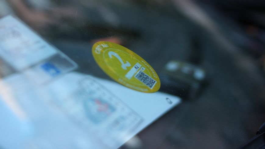 Dans le bassin grenoblois, seuls les véhicules avec une vignette 0,1 ou 2 sont autorisés à circuler.
