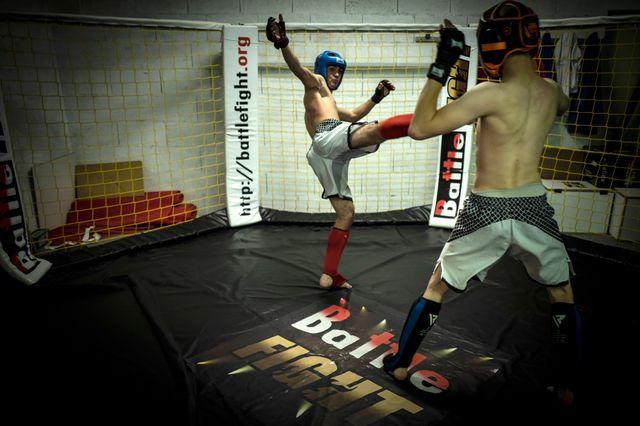La pratique amatrice de MMA est tolérée en France.