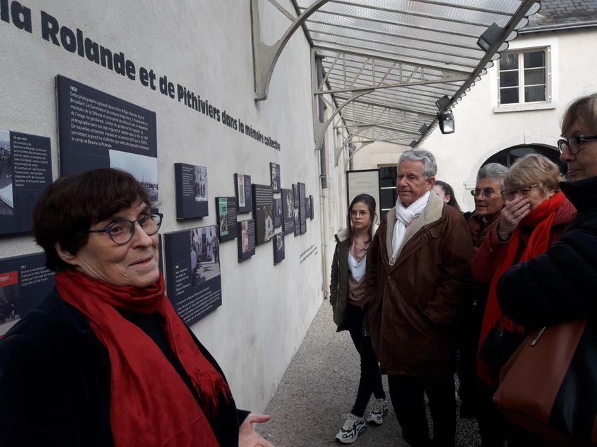 Hélène Mouchard-Zay en pleine visite du Cercil ce dimanche 26 janvier