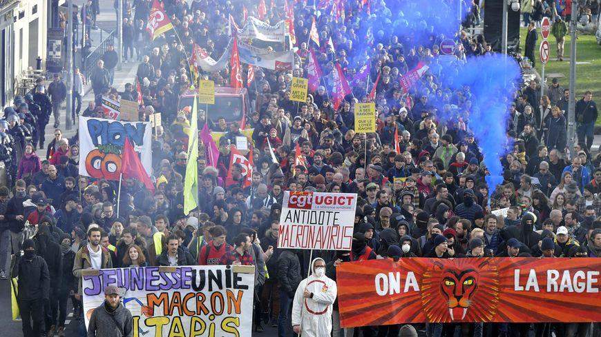 Manifestation contre la réforme des retraites à Nantes le 29 janvier 2020
