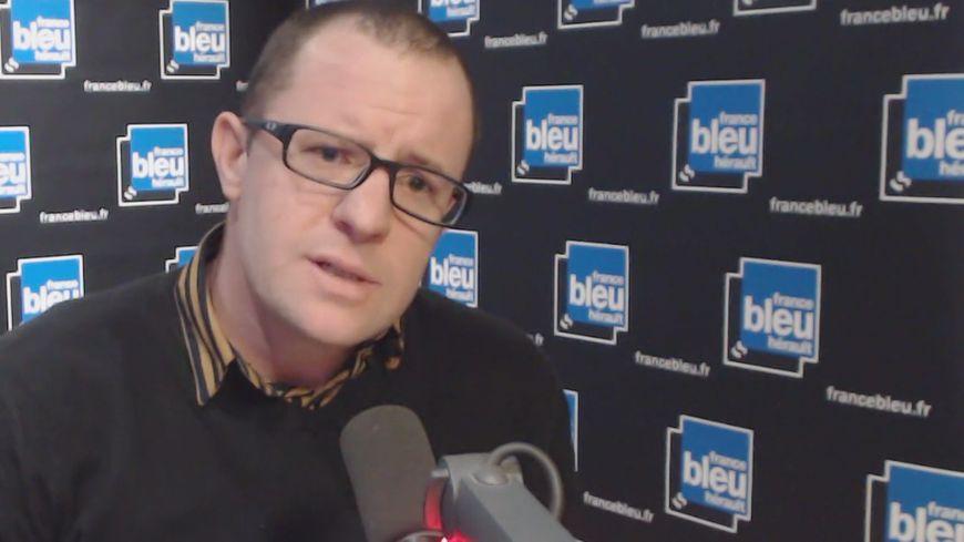 """VIDEO - Guillaume Griveau: """"Vous allez perdre votre emploi, négociez avec votre banquier un découvert !"""""""