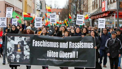 """L'Allemagne a-t-elle sous-estimé le """"poison du racisme"""" ?"""