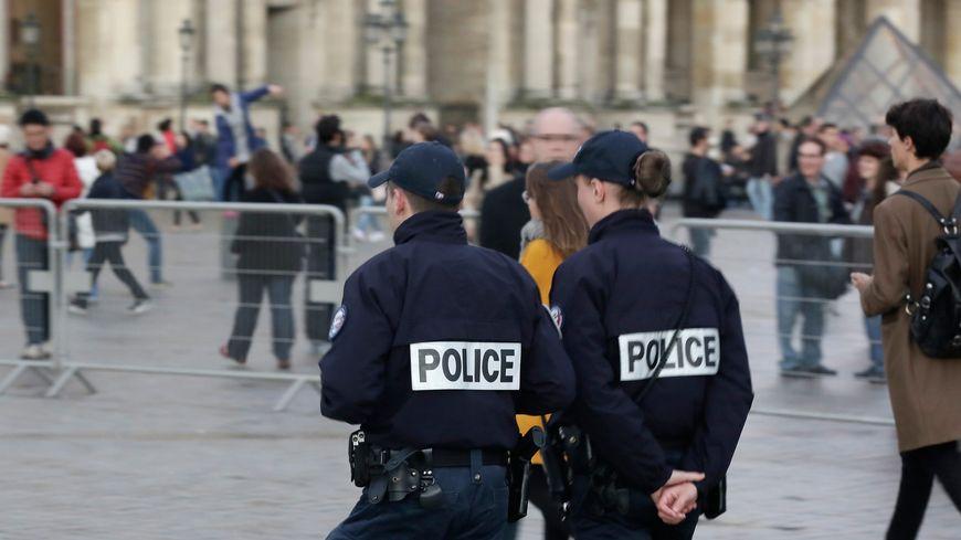 Une policière parisienne se confie dans un livre :