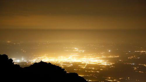Pollution lumineuse : les villes rechignent à éteindre la lumière