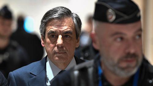 """À son procès, François Fillon se dit déjà condamné """"par un tribunal médiatique"""" et déplore des """"dégâts irréparables"""""""