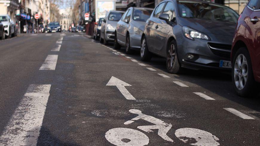 Un cycliste meurt percuté par un camion à Toulouse
