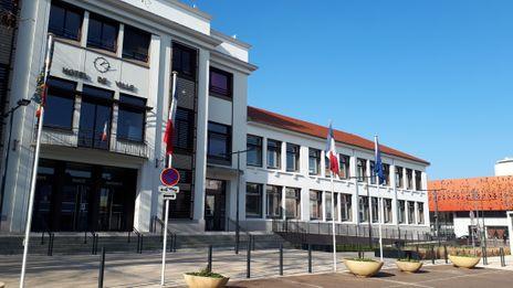 Municipales 2020 : à Chenôve, le maire sortant Thierry Falconet (PS) devrait affronter deux listes face à lui