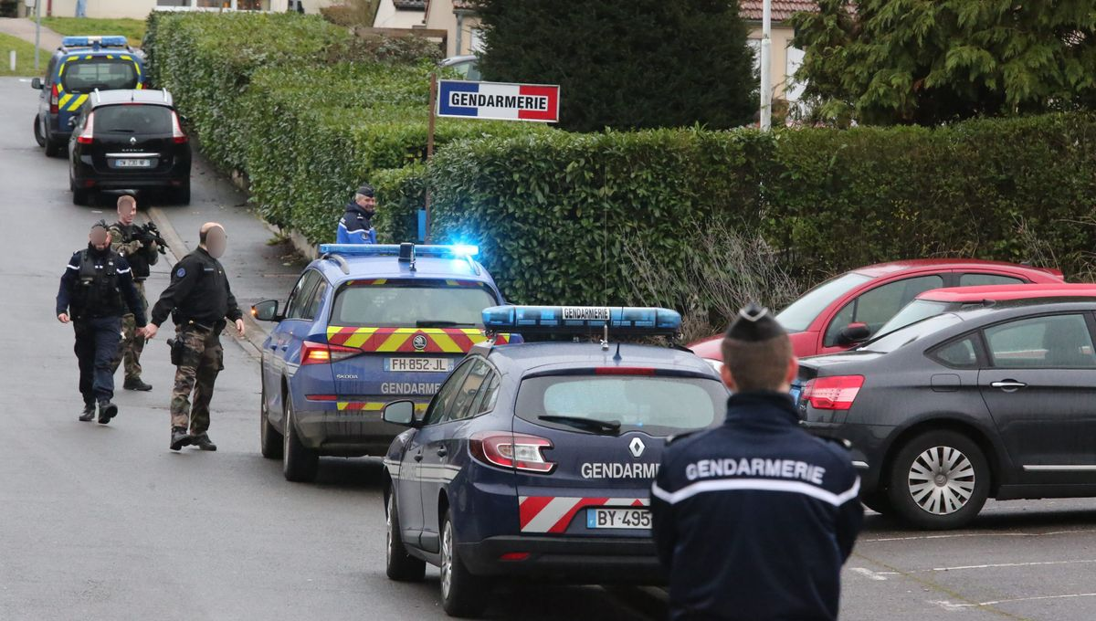 """Le militaire qui a attaqué la gendarmerie de Dieuze """"n'était pas en service"""""""