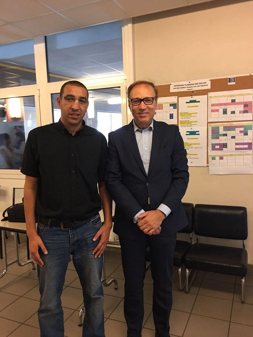 Abdelkader Railane avec Ghaleb Bencheikh à l'Institut de Travail Social de la Région Auvergne (ISTRA) de Clermont-Ferrand (Puy-de-Dôme)