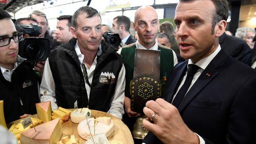 Emmanuel Macron tente de rassurer les agriculteurs