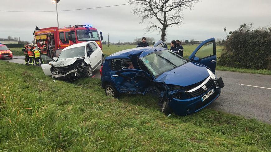 Violente collision à Saint-Méloir-des-Ondes : une femme en urgence absolue, un bébé blessé