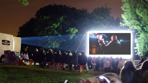 Épisode 4 : Cinéma itinérant : la valse des bobines dans les campagnes