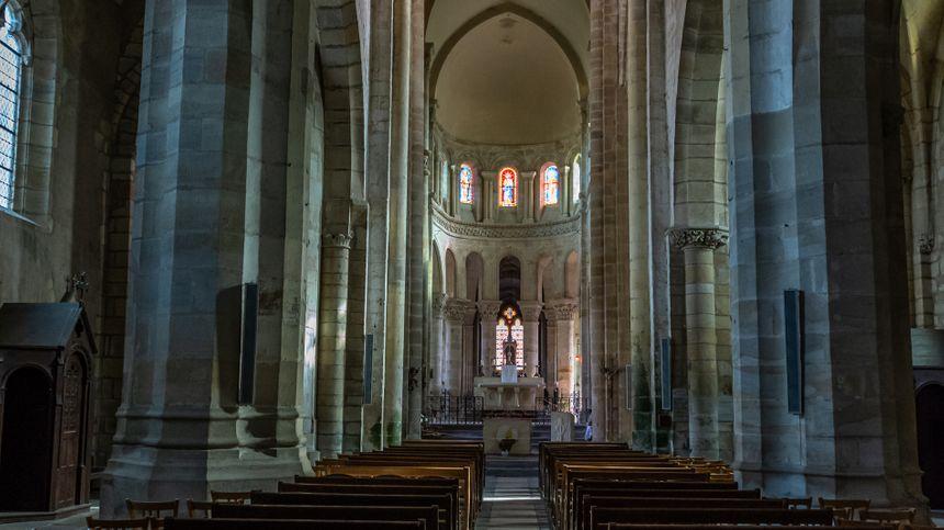 Eglise romane de St Menoux-Allier - Radio France