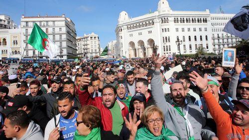 Algérie : le « Hirak » ne faiblit pas