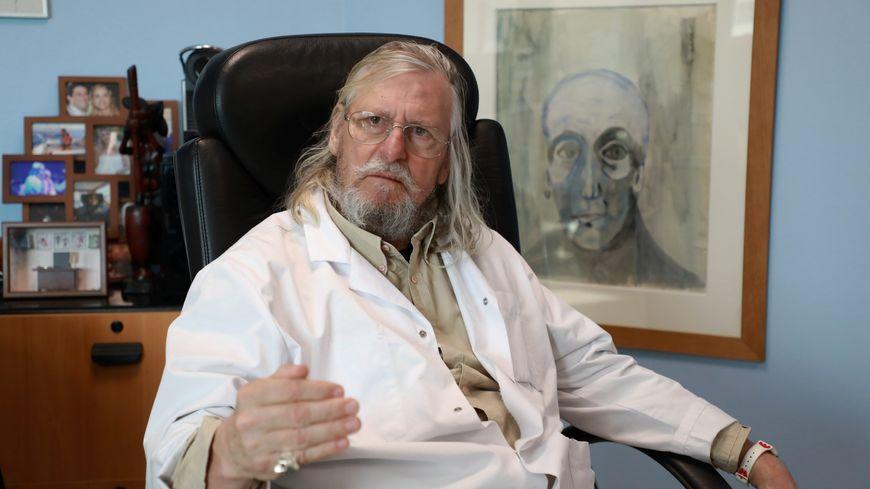 Le professeur Didier Raoult, directeur de l'IHU à Marseille