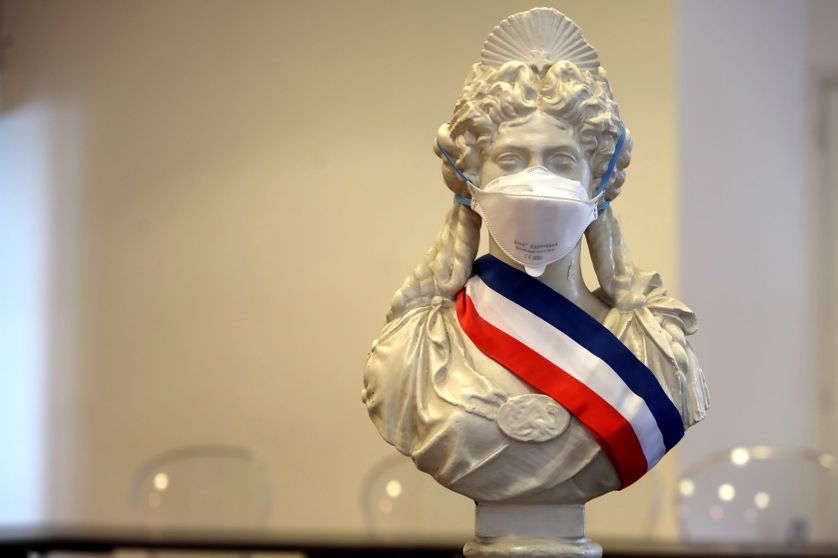 Marianne masquée à Nice, le 7 mars 2020.