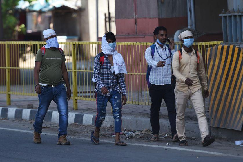 De l'Inde confinée à la Suède sereine, le coronavirus teste la confiance des citoyens en leurs gouvernants