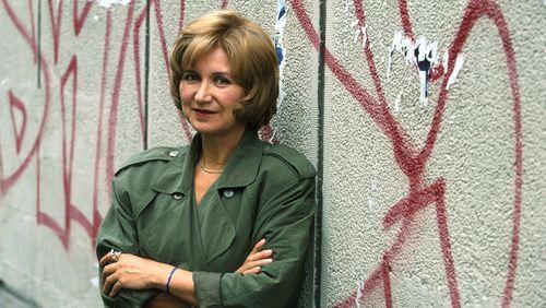"""Épisode 3 : Lidia Jorge : """"La Couverture du soldat était un livre qui convenait à mon âme, c'est un livre discret qui n'est pas destiné à être populaire"""""""