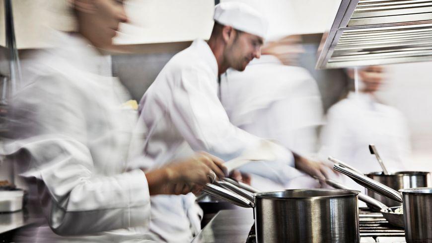 Un Chef De Cuisine Pour Le Restaurant La Parenthese Un Monteur