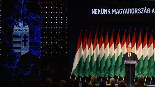 Dans les laboratoires politiques de l'Europe (2/4) : Hongrie, la nouvelle droite chrétienne