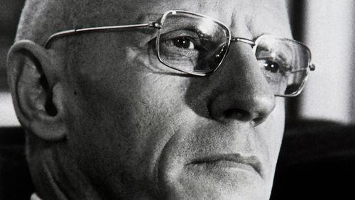 """Épisode 2 : Michel Foucault : """"Voilà qu'apparaît, à la période baroque, le thème de la folie, c'est la première fois que la folie vit d'une façon aussi libre"""""""
