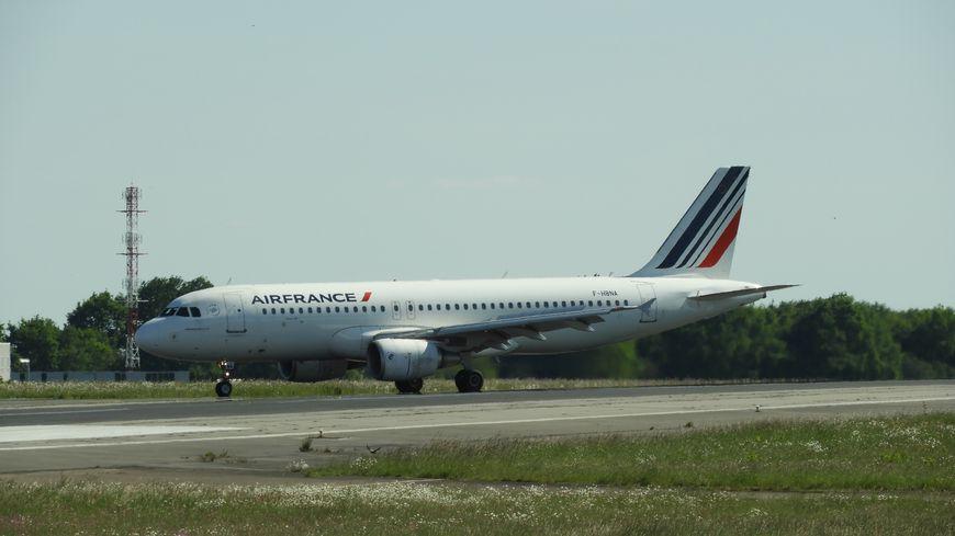 Limitation Des Vols Interieurs Air France Quelles Consequences Pour L Aeroport De Lyon Saint Exupery