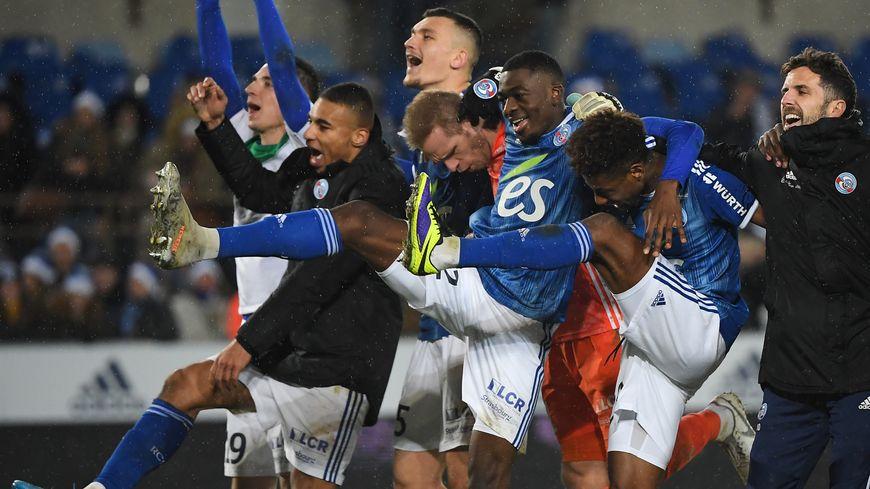 Ligue 1 Strasbourg Dixieme Du Classement D Une Saison 2019 2020 Tronquee