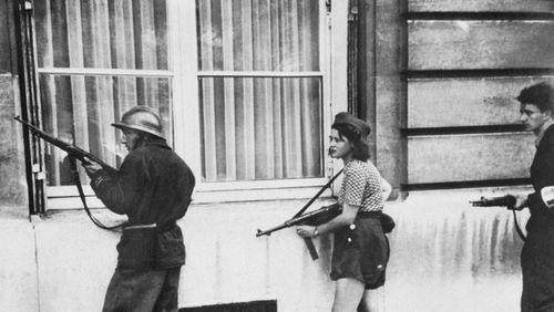 """Épisode 1 : Jean-Pierre Azéma : """"La Libération, c'est la renaissance de la démocratie."""""""