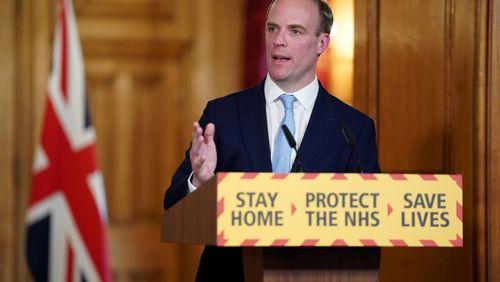 L'épidémie décapite le gouvernement britannique