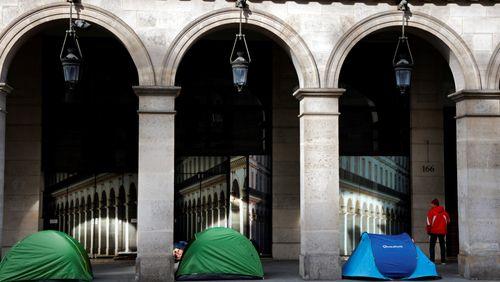 Pauvreté, chômage, aide alimentaire... Comment endiguer la crise sociale ?