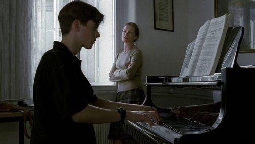 Épisode 4 : La pianiste