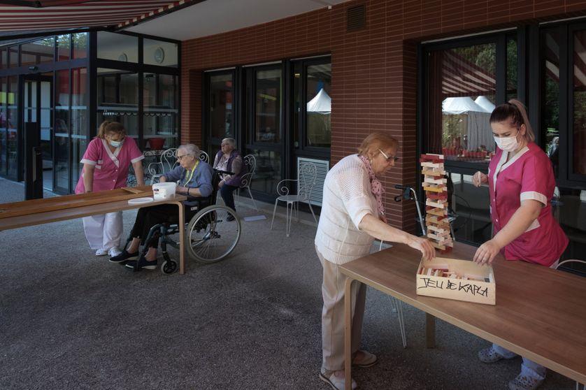 Résidents d'un EHPAD à Aulnay sous Bois