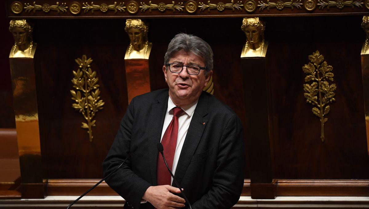 """""""Retirez-moi de vos contacts"""" : à l'Assemblée, Mélenchon colporte une fake news sur StopCovid"""
